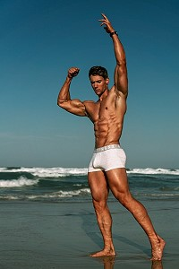 male fitness model Ethan Fittler