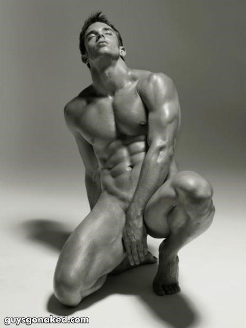 muscled male model naked